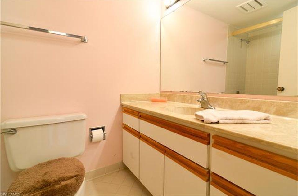 Master Bathroom Condo